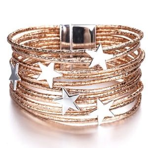 NWT Star bracelet with magnetic clasp